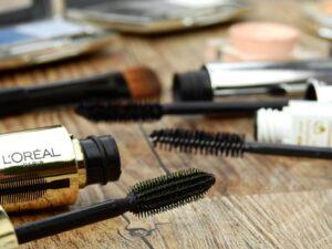 L'Oreal makeup brushes